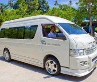 Визаран на комфортабельном микроавтобусе. Пенанг. Малайзия.