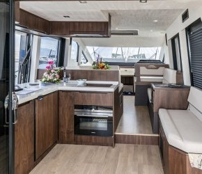 Galeon 460 F 2 day 1 night