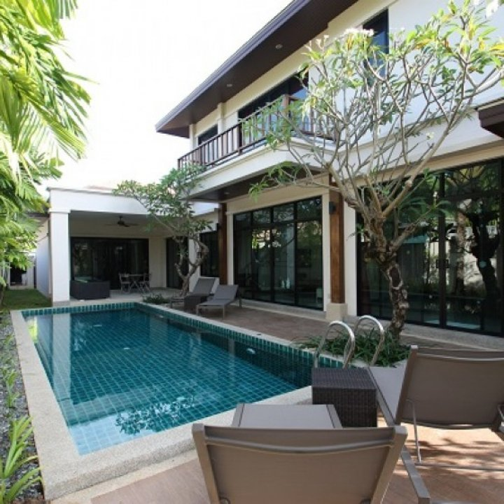 HRV458  in Phuket